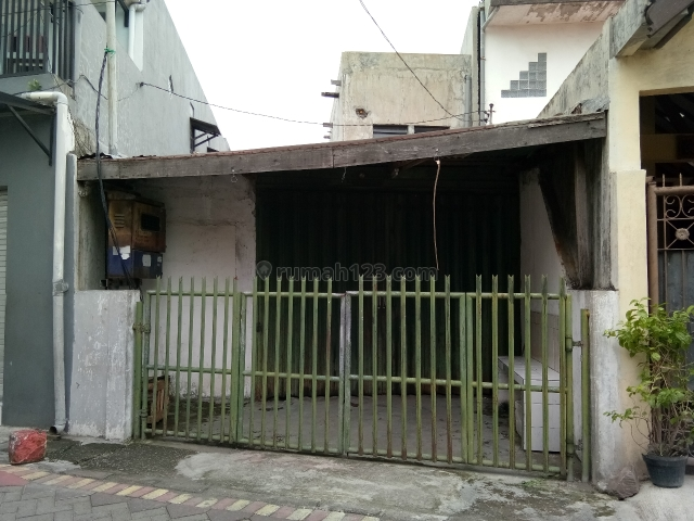 Bagunan Bekas Home Industri Gersikan gang 1, Kenjeran, Surabaya