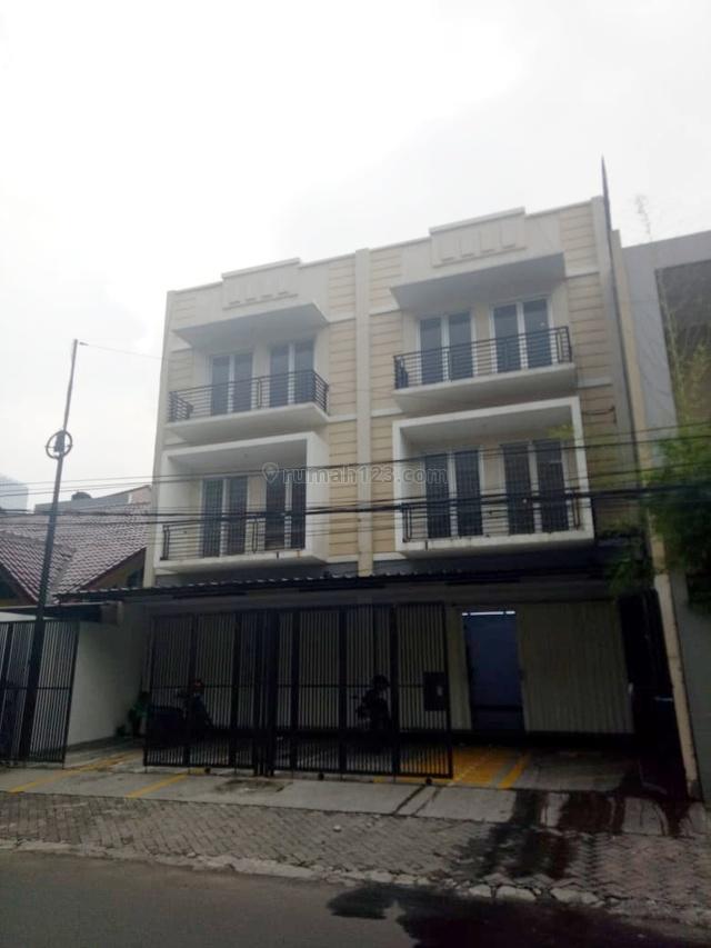 Disewakan Ruko Gandeng Strategis, Tomang, Jakarta Barat