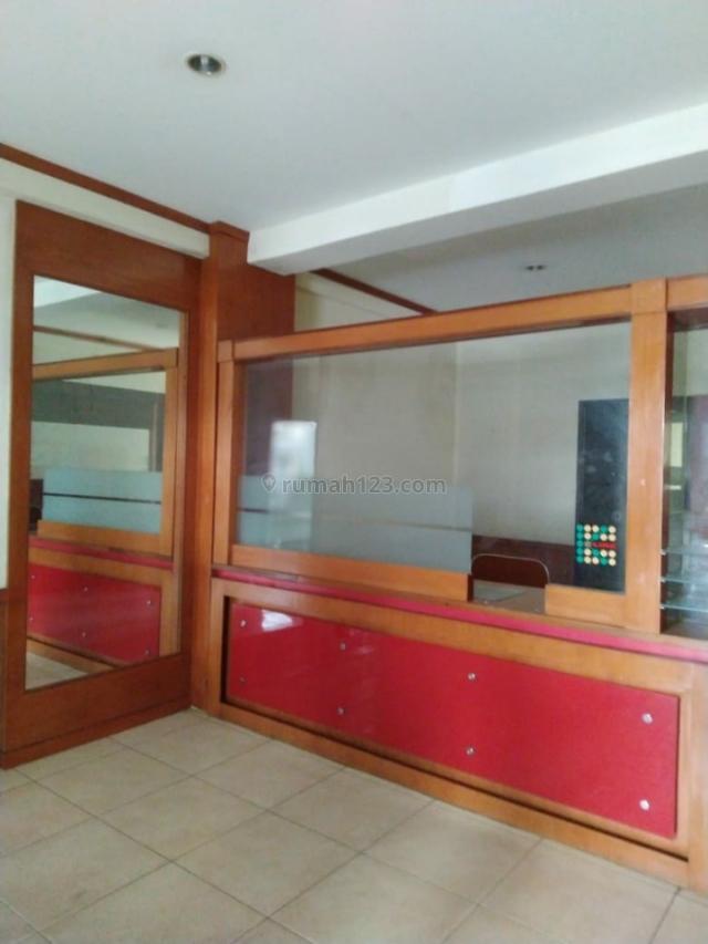 Ruko 5 Lantai di Ciputat. Harga Menarik., Ciputat Timur, Tangerang Selatan