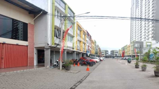 SEKITARAN APT RUKO 3LANTAI DI CIBADUYUT M-SQUARE BANDUNG, Cibaduyut, Bandung