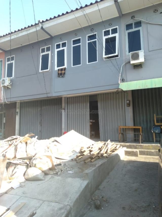 RUKO MURAH ruko jl mendut raya perum harkit tangerang ruko 2 lantai luas 4x15m sedang renovasi dicat ulang seluruhnya terima rapi siap pakai, Karawaci, Tangerang
