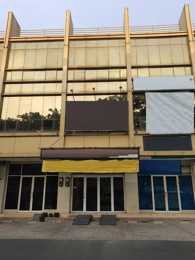 Ruko Wall Street Green Lake City Bagus Untuk Usaha Harga Nego, Duri Kosambi, Jakarta Barat