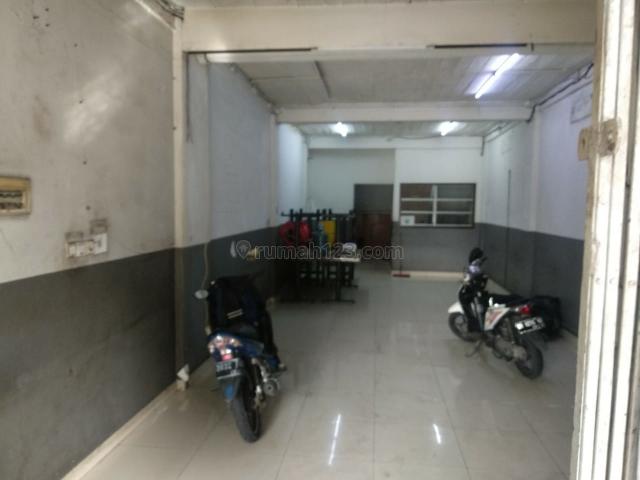 Ruko Strategis Tanjung Duren depan jalan raya, Tanjung Duren, Jakarta Barat