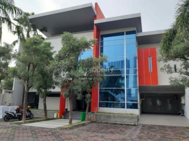 Gedung Raya Wiyung, Luas Besar, Harga Murah Bisa Nego, Lokasi Bagus Sangat Prospek, Wiyung, Surabaya