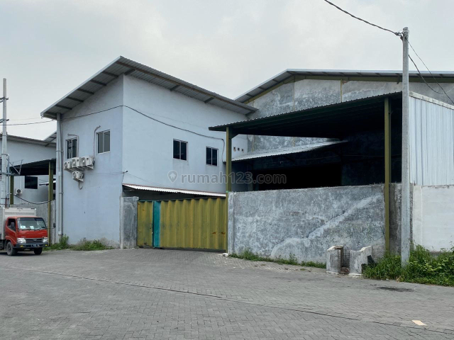 Gudang Romokalisari Surabaya (Dewi), Benowo, Surabaya