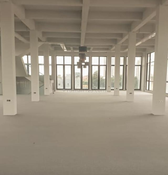 Nice Office Space @ JL Perjuangan, Kebon Jeruk - Size 150m2, Kebon Jeruk, Jakarta Barat