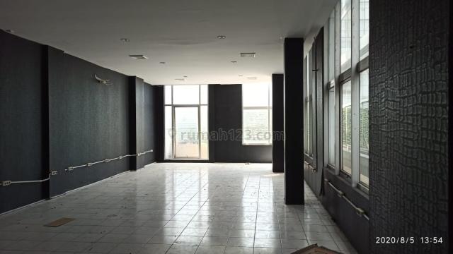 Ruko 4 lantai di Season City, Jakarta Barat, Jembatan Besi, Jakarta Barat