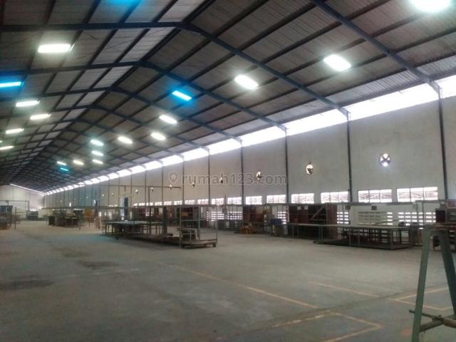 Gudang Luas Ex Pabrik di Tambak Sawah Sidoarjo LT 39000 m2 LB 18000 m2, Waru, Sidoarjo