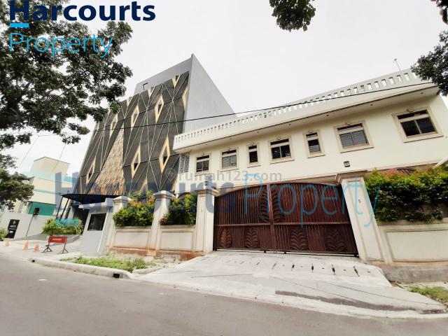 Bisa Untuk Kantor !! Rumah Daerah Menteng Siap Huni, Menteng, Jakarta Pusat