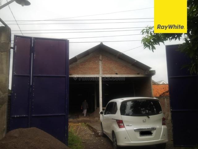 Gudang di Raya Laban Wetan, Surabaya, Lakarsantri, Surabaya