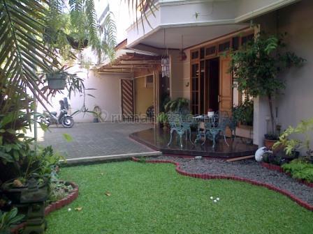 Rumah Asri Lokasi Strategis di area Prime Cipete., Cipete, Jakarta Selatan