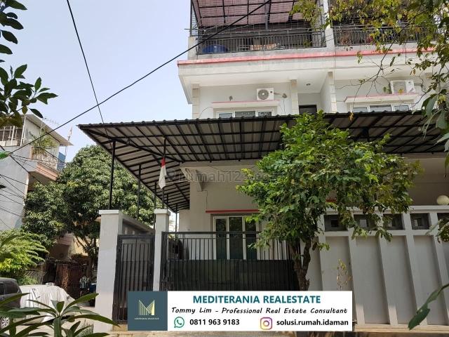 Rumah Hoek 3 Lantai Di Muara Karang, Bagus, Muara Karang, Jakarta Utara
