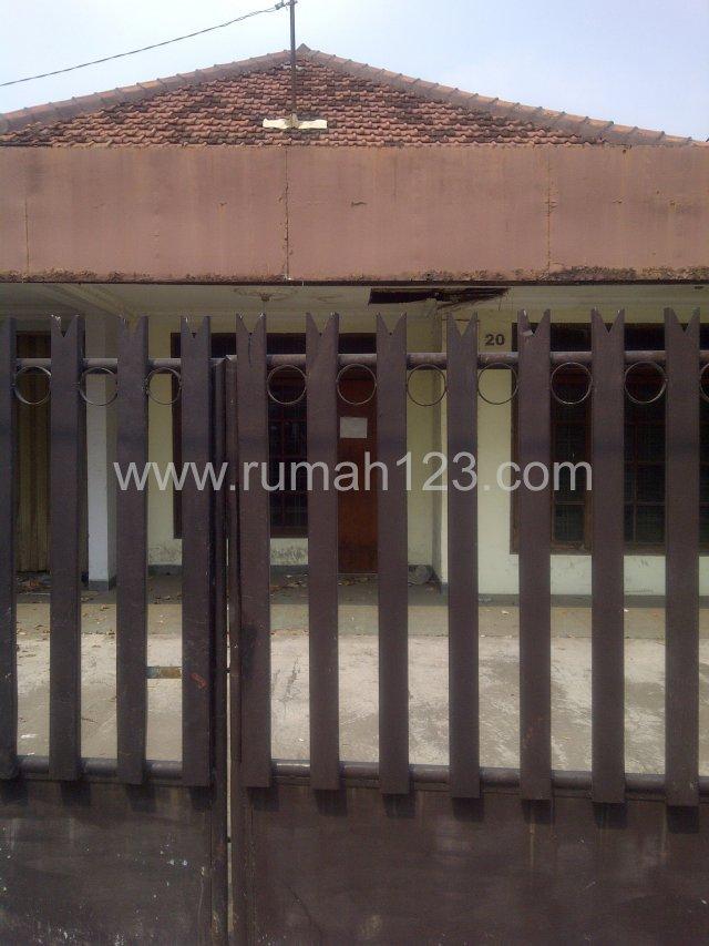 Rumah Tua Lokasi Strategis Cocok Untuk Usaha, Kebayoran Lama, Jakarta Selatan