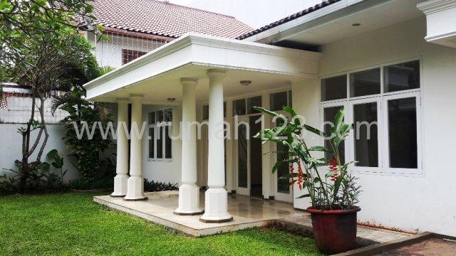 Rumah Di Jakarta Selatan Kawasan Kemang Timur Area, Kemang, Jakarta Selatan