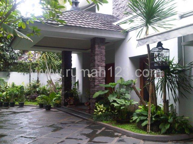 Rumah Classic Di Pondok Indah, Pondok Indah, Jakarta Selatan