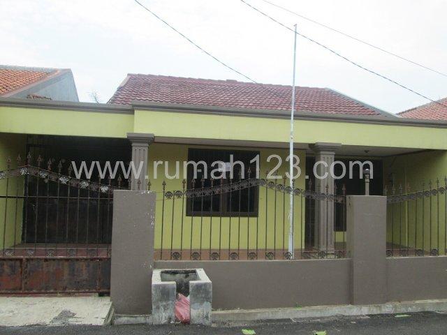 Rumah Dekat Jalan Utama Di Perumahan, Ciledug, Tangerang