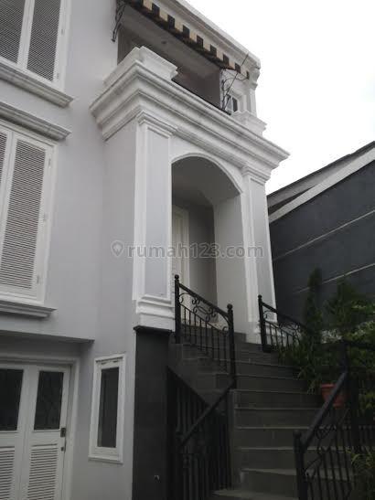 Rumah Cantik dalam Town House di Kalibata, Kalibata, Jakarta Selatan