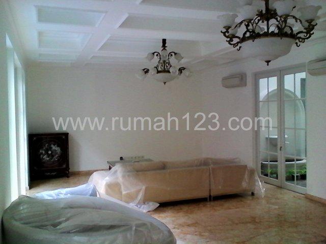 Rumah Nyaman Kebayoran Baru, Kebayoran Baru, Jakarta Selatan