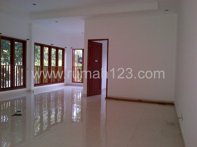 Another Compound House Around Kemang Area, Kemang, Jakarta Selatan