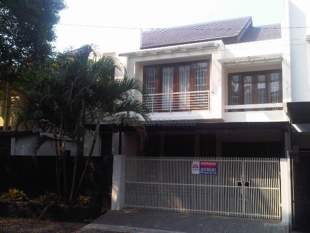 Rumah minimalis di Pondok Indah, strategis, Pondok Indah, Jakarta Selatan
