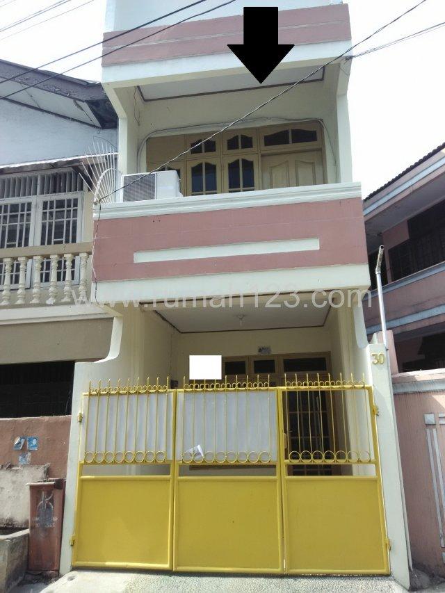Rumah Daerah Tanjung Duren Alpukat ! Jalan 2 Mobil, Tanjung Duren, Jakarta Barat