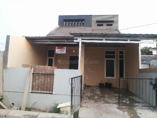 Rumah  Baru di Grand Residence Bekasi, Setu, Bekasi