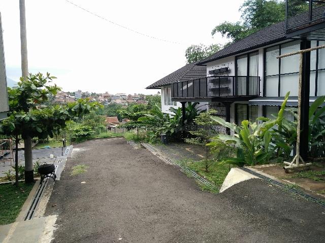 Rumah Lux Minimalis Desain Unik Full Furnish Cikutra, Dago, Bandung