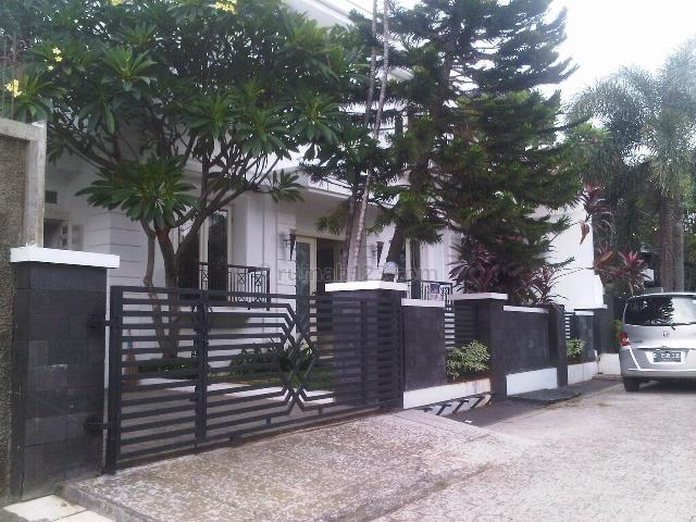 Rumah didaerah strategis Cipete dekat Sekolah Perancis., Cipete, Jakarta Selatan