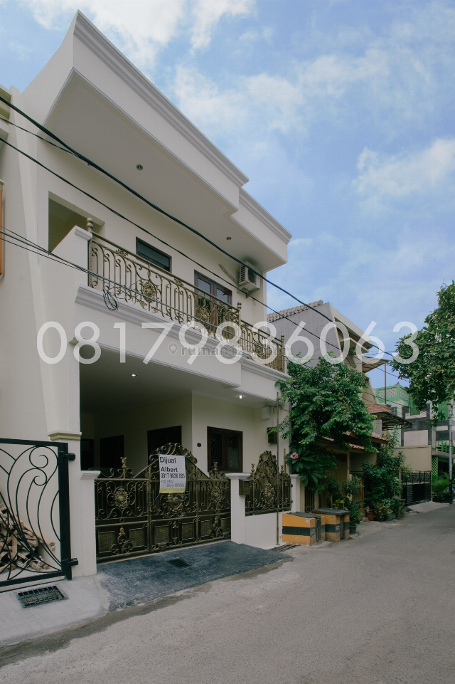 Rumah bagus furnished lokasi strategis di rawamangun, Rawamangun, Jakarta Timur