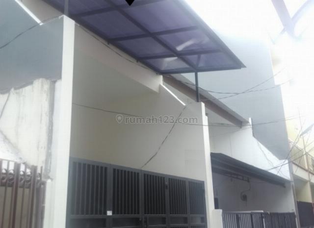 Rumah BAGUS Tanjung Duren !! Jalan 1 Mobil ! MURAH SEKALI, Tanjung Duren, Jakarta Barat
