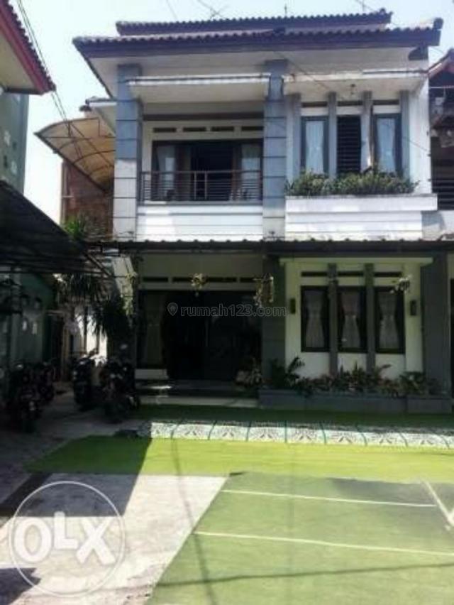 Rumah Bagus Minimalis di Sayap Riau, Riau, Bandung