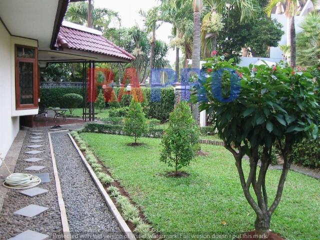 Akses dan Lingkungan rumah-mudah-nyaman, Pondok Indah, Jakarta Selatan
