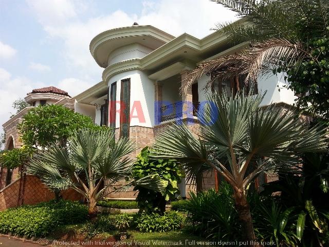 Rumah Country Style... serba luas..plafond tinggi, TB Simatupang, Jakarta Selatan