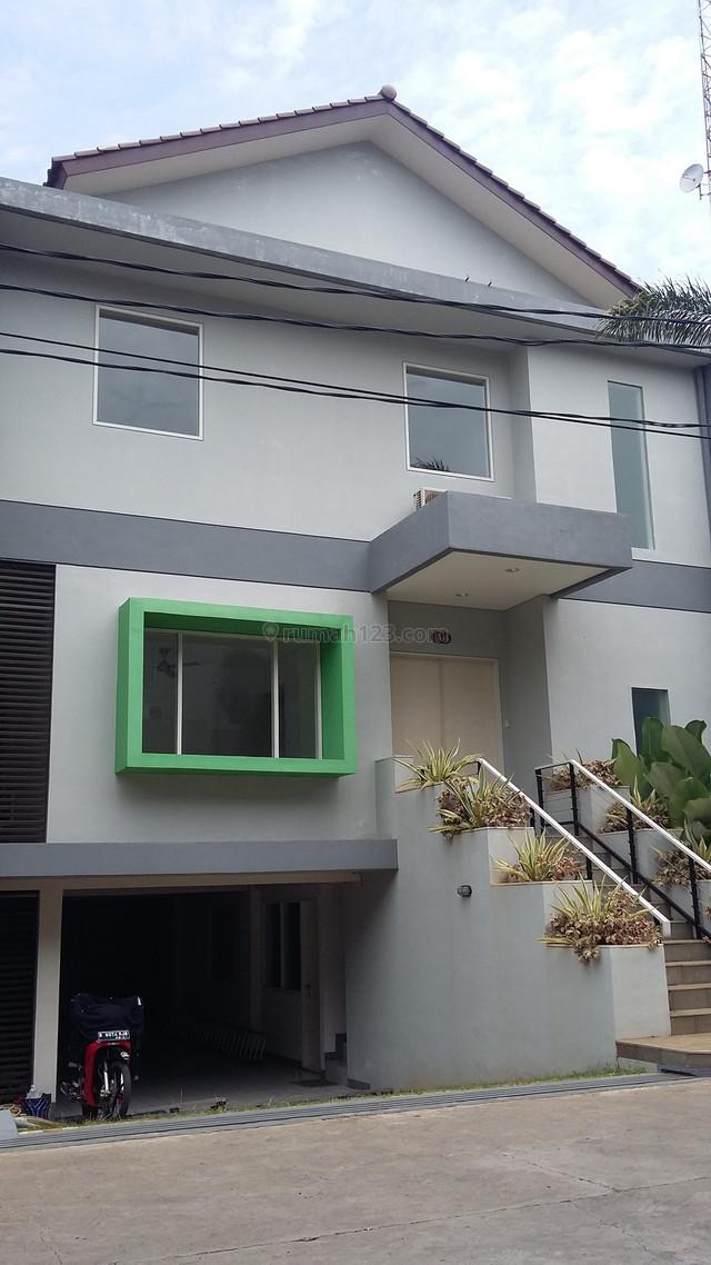 Rumah Bagus Di Compound Cilandak Akses Tol Simatupang., Cilandak, Jakarta Selatan