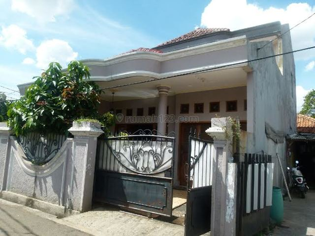 Rumah di Lokasi Strategis di Kalibata akses Jalan Raya Pasar Minggu, Kalibata, Jakarta Selatan