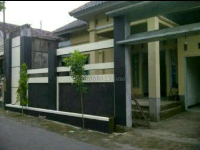 Rumah Cantik Muriiiiihhhh Biiingiiiitttt Tengah Kota Wonogiri, Wonogiri, Wonogiri