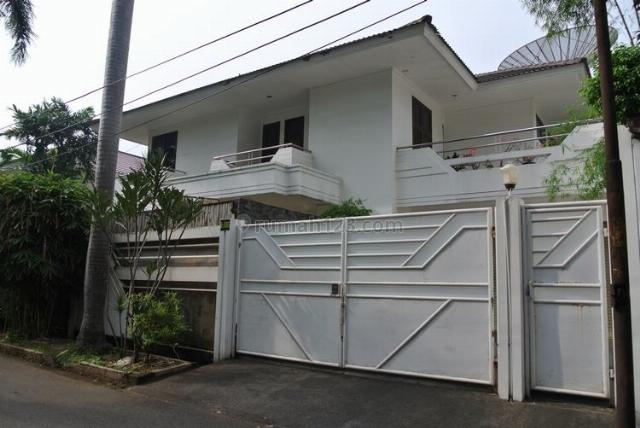 House at Permata Hijau Area, Kebayoran Baru, Jakarta Selatan