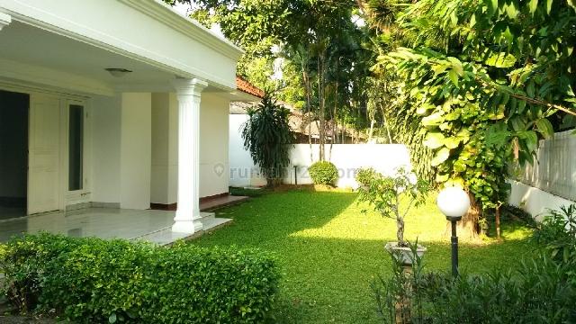 A good and Nice house at Kemang Dalam, Kemang, Jakarta Selatan