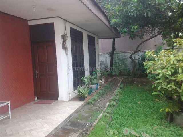 Rumah kamar banyak di pulomas murah, Pulomas, Jakarta Timur