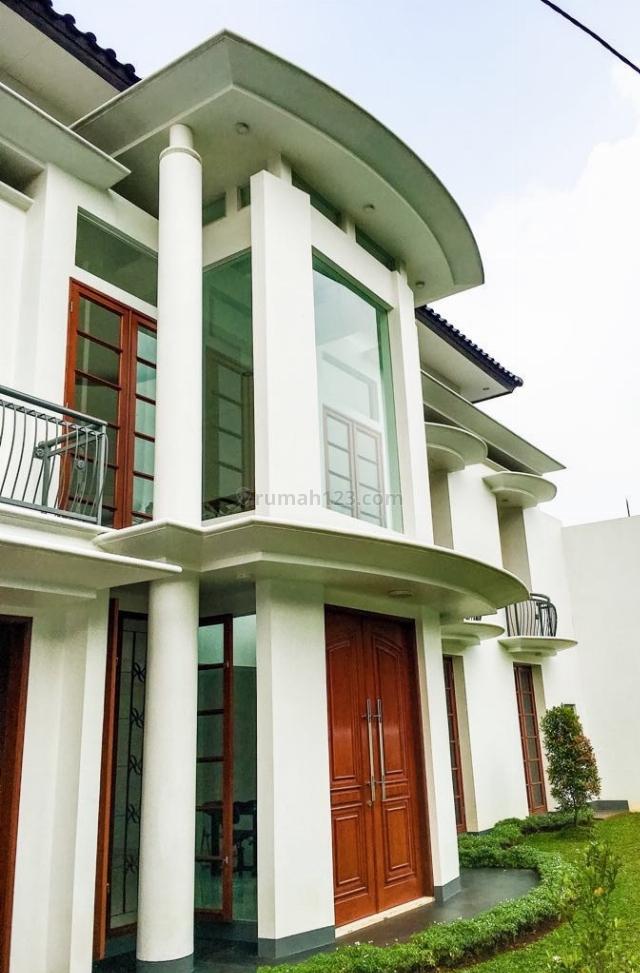 COZY LUXURY HOUSE CLOSE TO SUDIRMAN @ SIMPRUG, Simprug, Jakarta Selatan