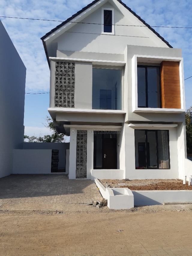 Rumah Cantik Minimalis Bandung City Light Padasuka, Cikutra, Bandung