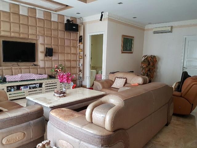 Rumah di Pantai Indah Kapuk Semi Furnished Hadap Selatan Full Renov Bagus Harga Murah Nego, Pantai Indah Kapuk, Jakarta Utara