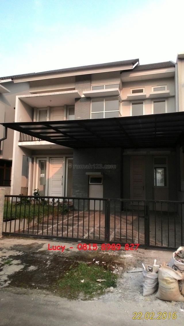 Rumah besar di boulevard Victoria Park, Cimone, Tangerang