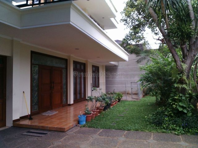 "Comfortable and Beautiful House in area Cipete for expatriat and others "" The Price Can Be Negotiable "", Cipete, Jakarta Selatan"