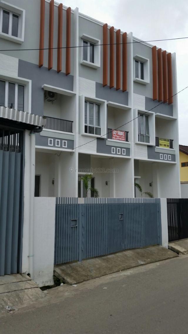 Town House di lokasi tengah kota, Ilir Timur I, Palembang