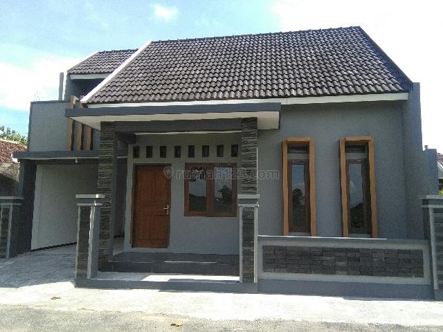 Rumah Cantik Pedesaan Gaya Perkotaan Harga Menggigit Murah Bingiiiittttt, Mojolaban, Sukoharjo