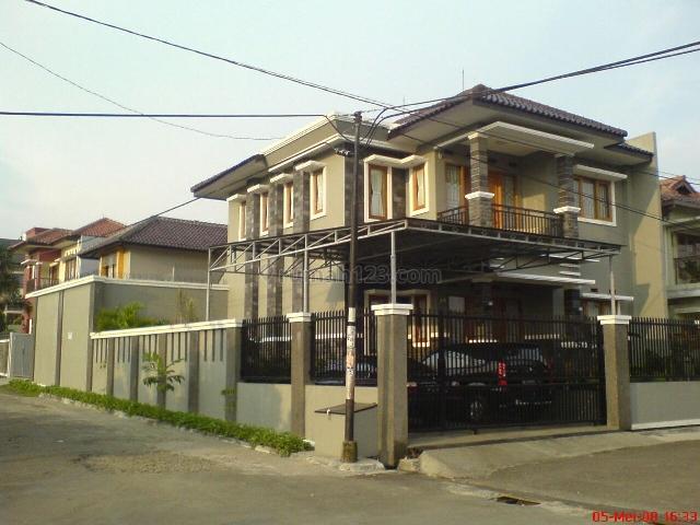 Turun Harga !! Rumah Hoek dan Sejuk di Sariwangi, Parongpong, Bandung