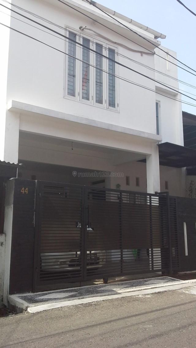 MINIMALIS SIAP HUNI, Kayu Putih, Jakarta Timur