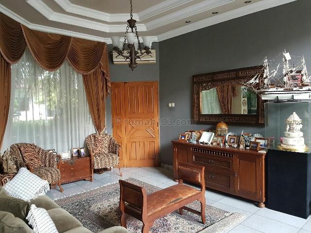 Rumah mewah 2 lantai siap huni di BGV Kelapa Gading, Kelapa Gading, Jakarta Utara