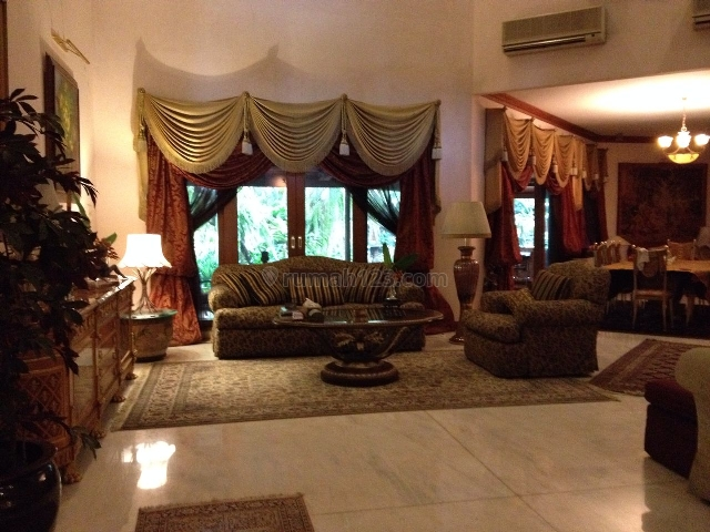 a nice and cozy house inside a housing complex close to Ampera, Ampera, Jakarta Selatan
